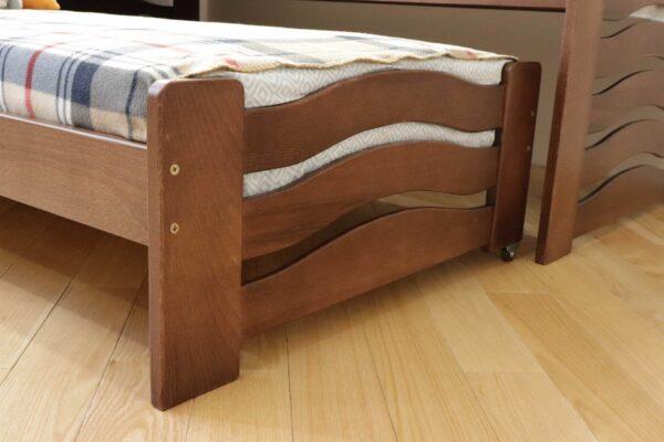 Компактне ліжко для двох дітей Мальва з дерева замовити
