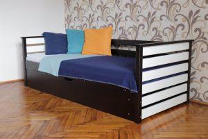 Одноярусне ліжко з дерева Телесик з підйомним механізмом