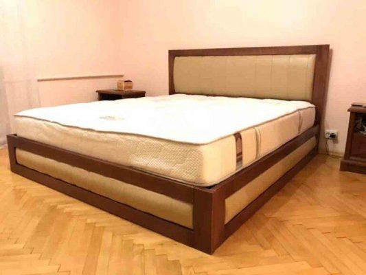 Двоспальне дерев'яне ліжко з тканиною Амелія