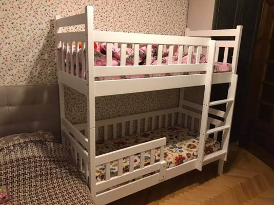 Двухэтажная кровать Том и Джерри белый цвет фото